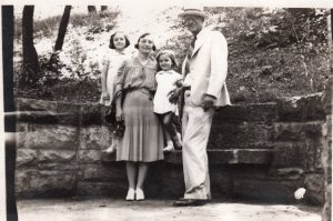 C.L. Guice and family, Summer 1941
